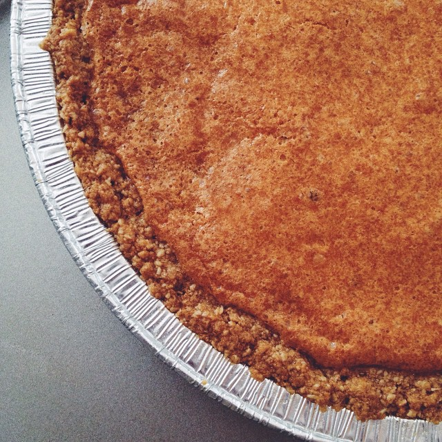 We weren't able to make it to the Milk Bar Life book signing this evening, buuuuuut to celebrate, we whipped up a couple @momomilkbar's Crack Pies! They're all ready for some powdered sugar ✨ #artisan #cookies #crackpie #dessert #dessertporn #foodie #foodporn #homemade #igers #igdaily #instagood #la #laeats #loveit #losangeles #momomilkbar #noeycakes #pie #vsco #vscocam #bestofvsco #latergram