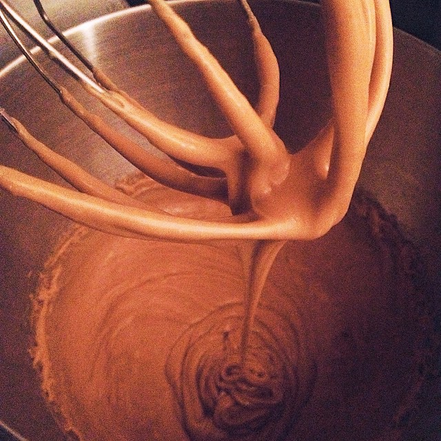 CARAMEL. Get ready. #artisan #caramel #dessert #foodporn #instagood #laeats #losangeles #noeycakes #vsco #vscocam #vscophile