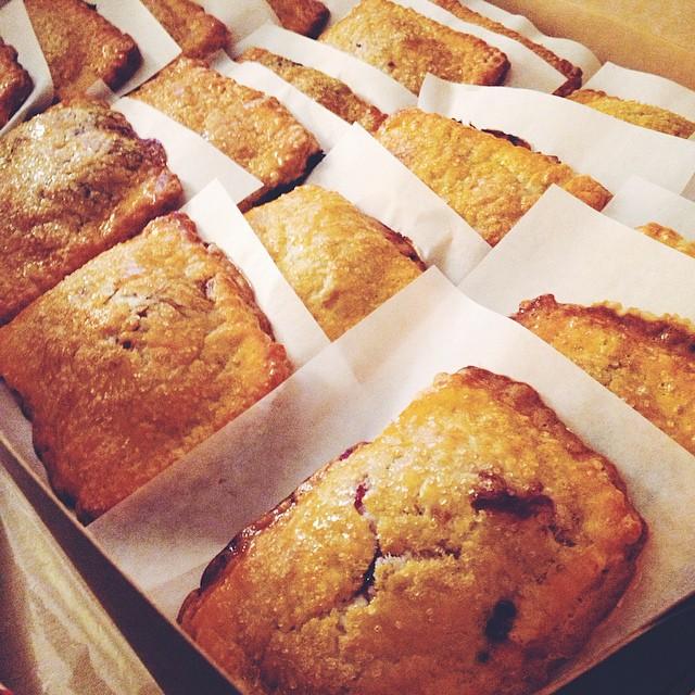 Pop tarts as far as the eye can see #artisan #breakfast #dessert #foodie #foodporn #handmade #instagood #la #laeats #losangeles #noeycakes #pastries #pie #poptarts #pastrychef #sweettooth #vsco #vscophile #vscocam