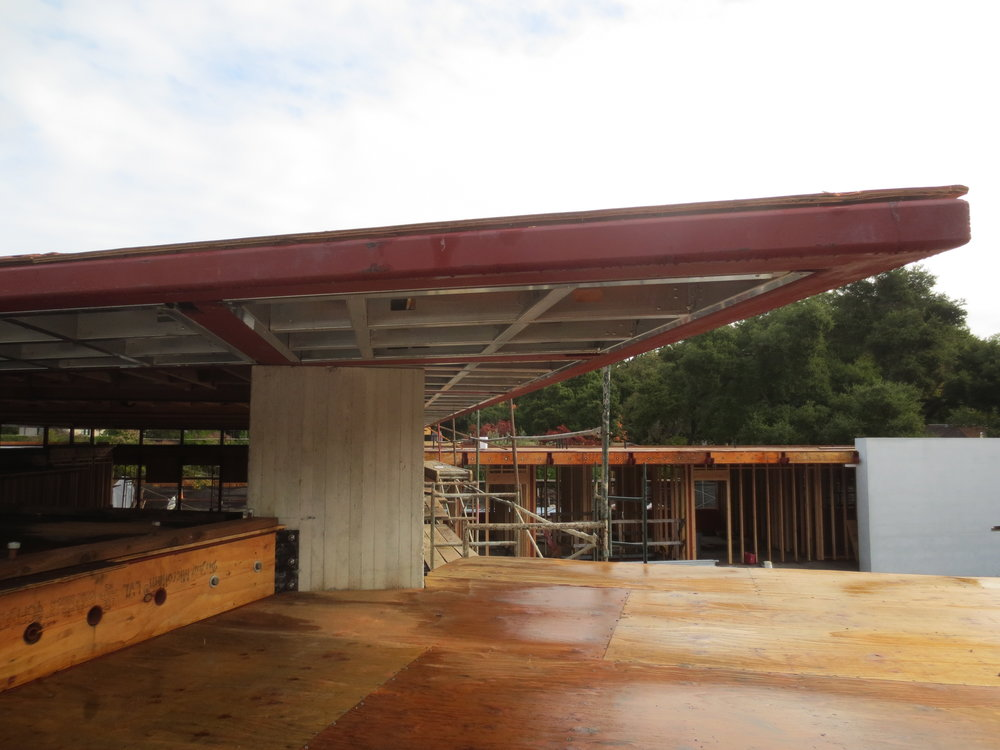 HSS steel cantilever roof eave.