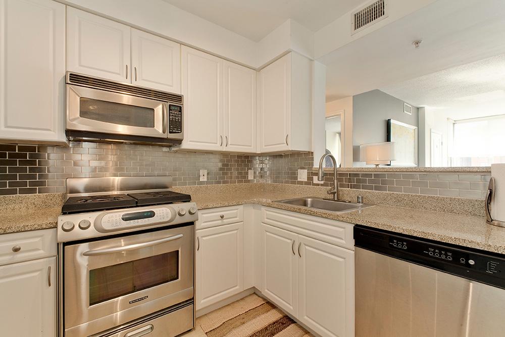 555 Massachusetts Ave NW-print-013-12-Kitchen-4200x2800-300dpi.jpg