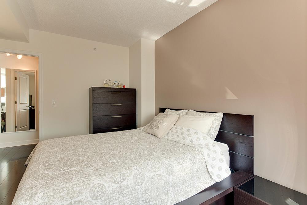 555 Massachusetts Ave NW-print-017-23-Bedroom-4200x2800-300dpi.jpg