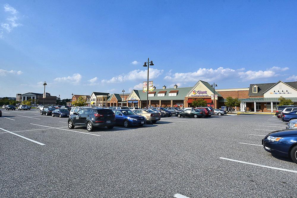 Print_Amenity-Villages Of Urbana Shopping Center_4.jpg
