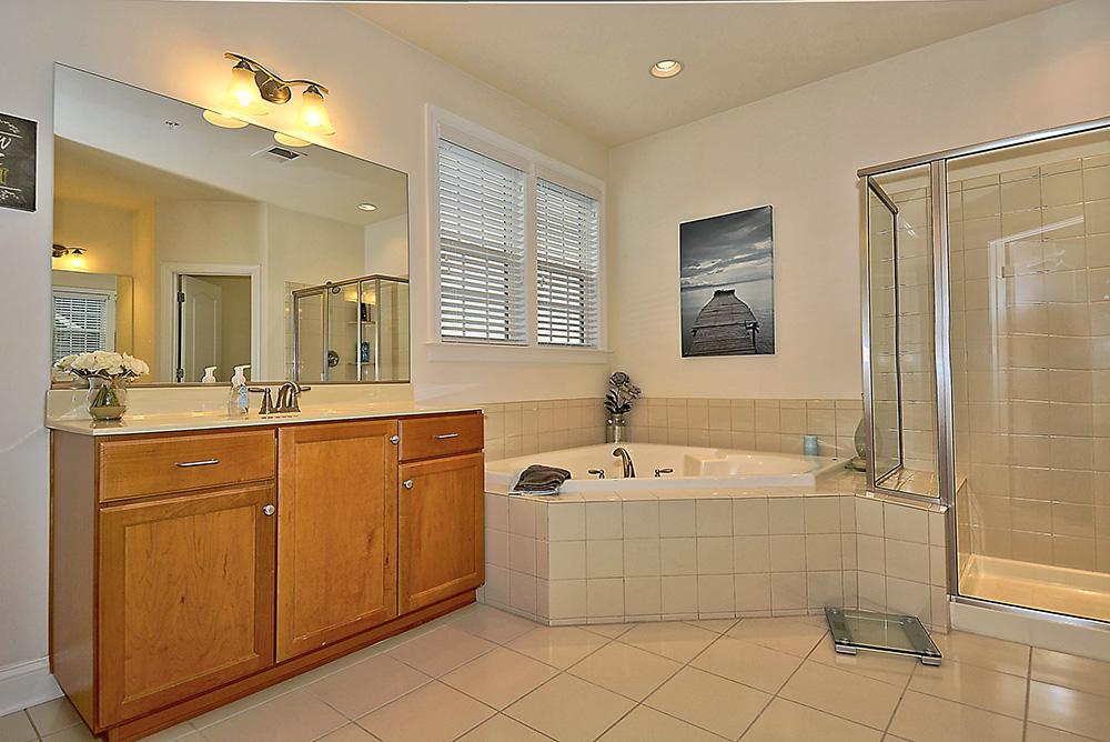 Print_Upper Level-Master Bathroom.jpg