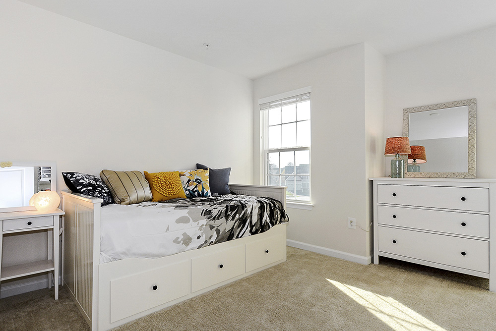 Print_Upper Level-Bedroom_5.jpg