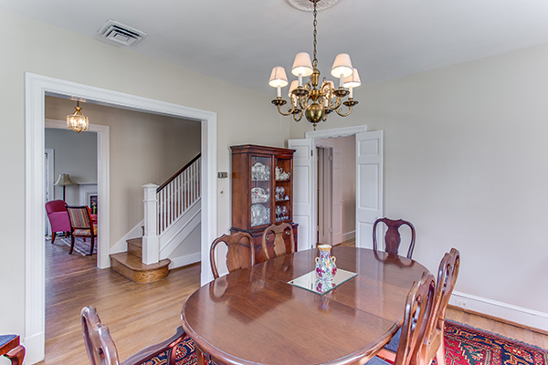 4307 38th St NW Washington DC-print-015-65-Dining Room-4200x2800-300dpi.jpg