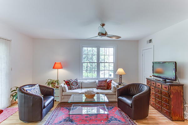 4307 38th St NW Washington DC-print-034-25-Living Room-4200x2800-300dpi.jpg