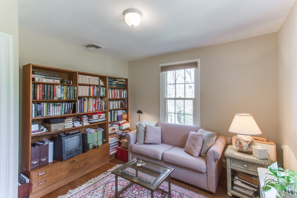 4307 38th St NW Washington DC-print-047-48-BedroomOffice-4200x2800-300dpi.jpg