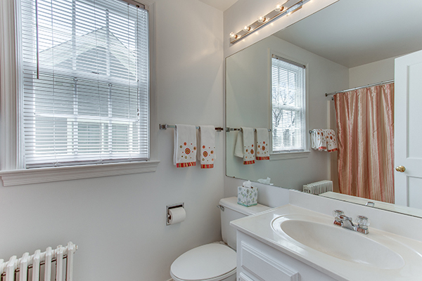 4307 38th St NW Washington DC-print-055-44-Master Bath-4200x2800-300dpi.jpg