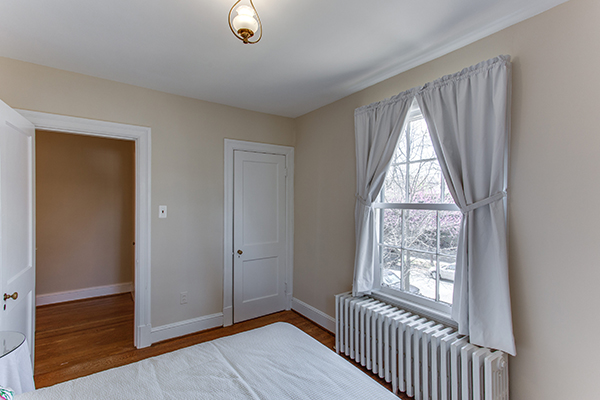 4307 38th St NW Washington DC-print-062-50-Bedroom 3-4200x2800-300dpi.jpg