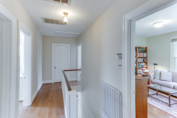 4307 38th St NW Washington DC-print-063-53-Upper Landing-4200x2800-300dpi.jpg