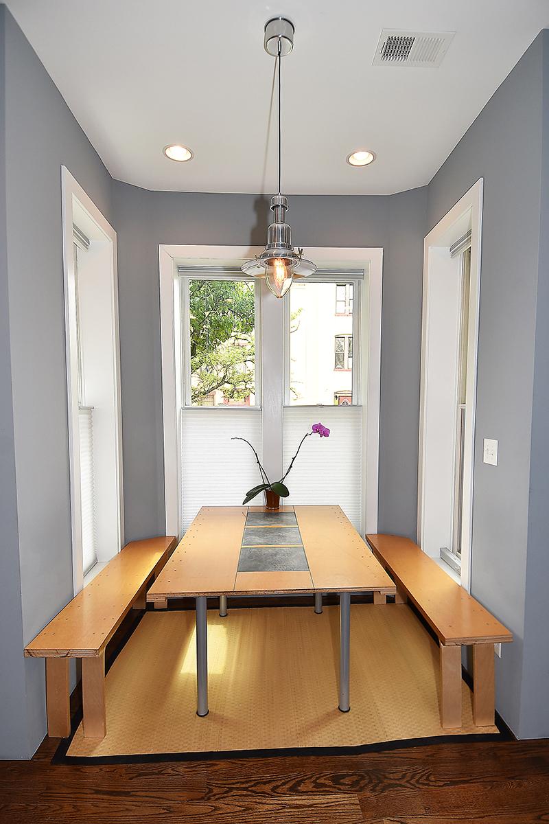 8 Kitchen3.jpg