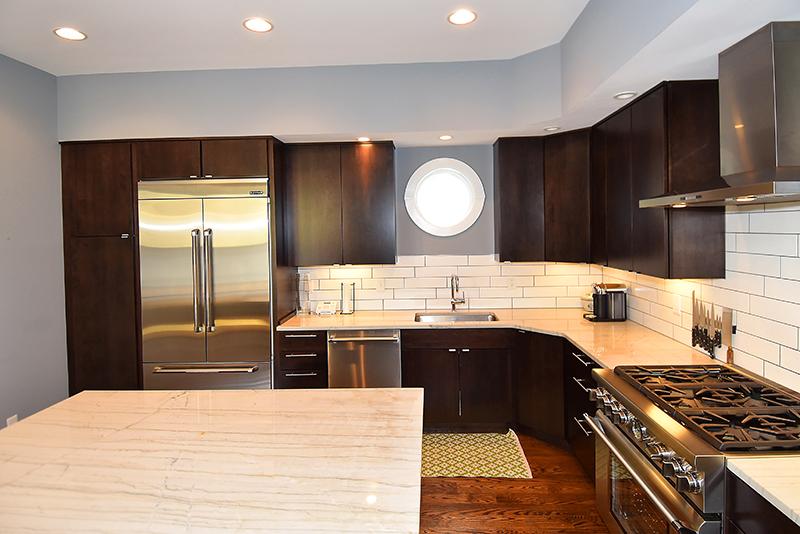 11 Kitchen4.jpg