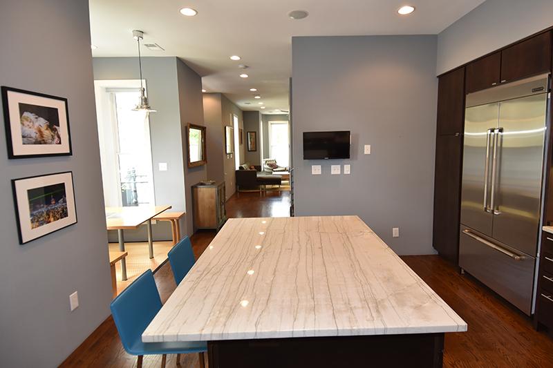 12 Kitchen5.jpg