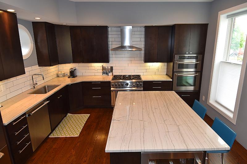 14 Kitchen7.jpg
