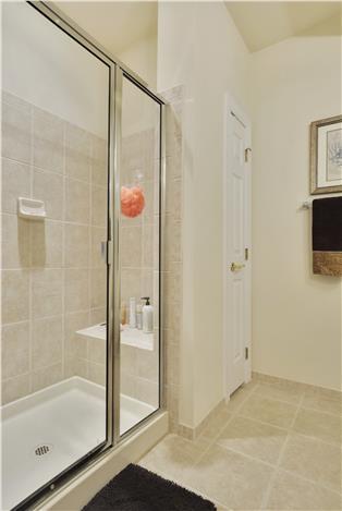 Web_Main Level-Master Bath_2-2.JPG