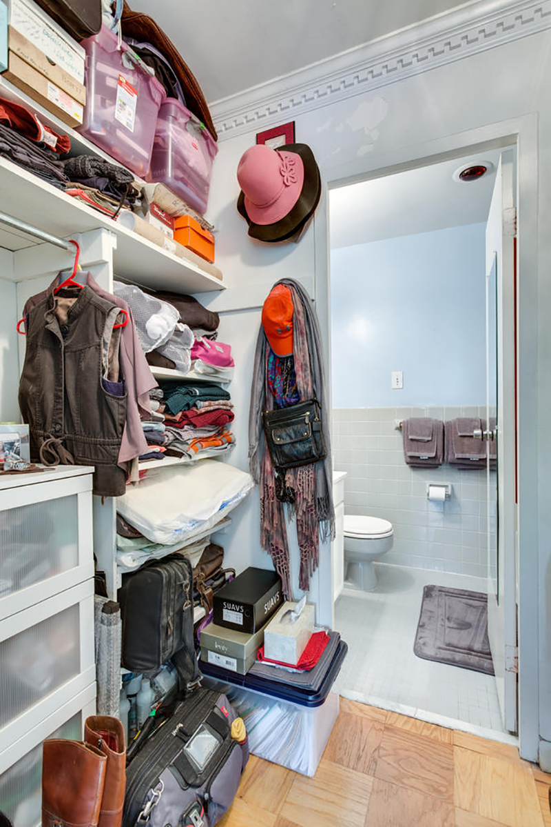 5406 Connecticut Ave NW 704-large-022-2-Closet-667x1000-72dpi.jpg