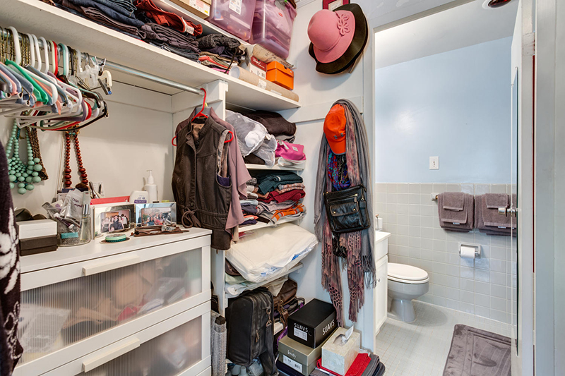 5406 Connecticut Ave NW 704-large-023-7-Closet-1500x1000-72dpi.jpg