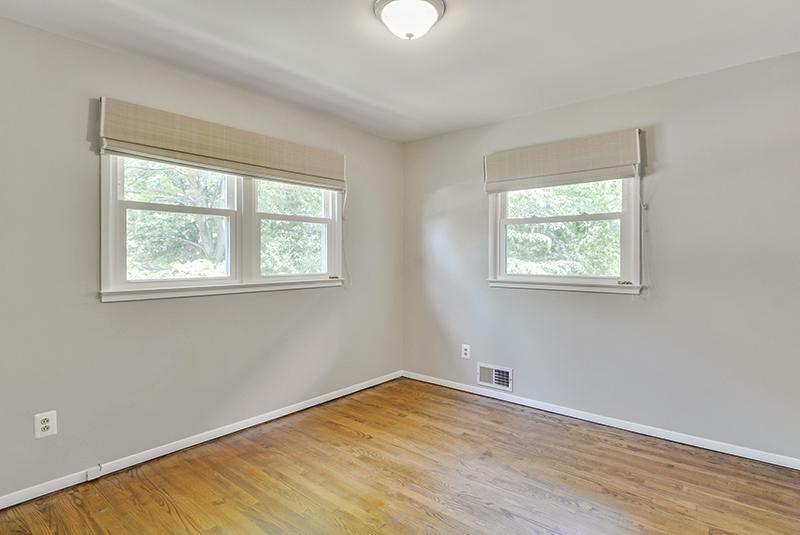 Main Level-Bedroom-DSC6069.jpg