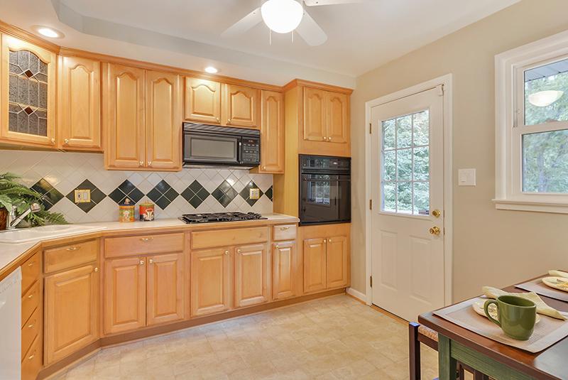 Main Level-Kitchen-DSC6141.jpg