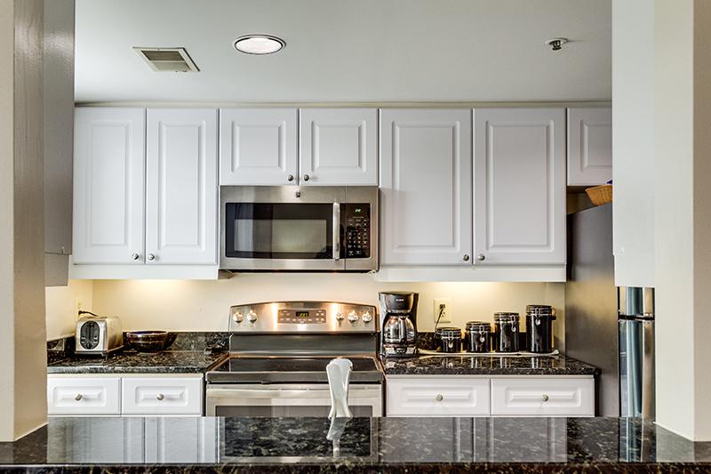 1727 R St NW Unit 504-print-012-22-Kitchen-4200x2800-300dpi.jpg