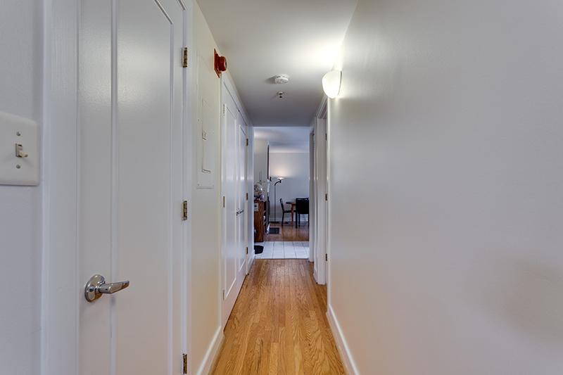 1727 R St NW Unit 504-print-020-36-Hallway-4200x2800-300dpi.jpg