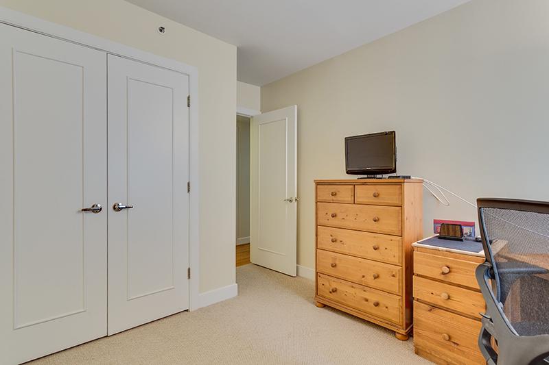 1727 R St NW Unit 504-print-024-30-Bedroom-4200x2800-300dpi.jpg
