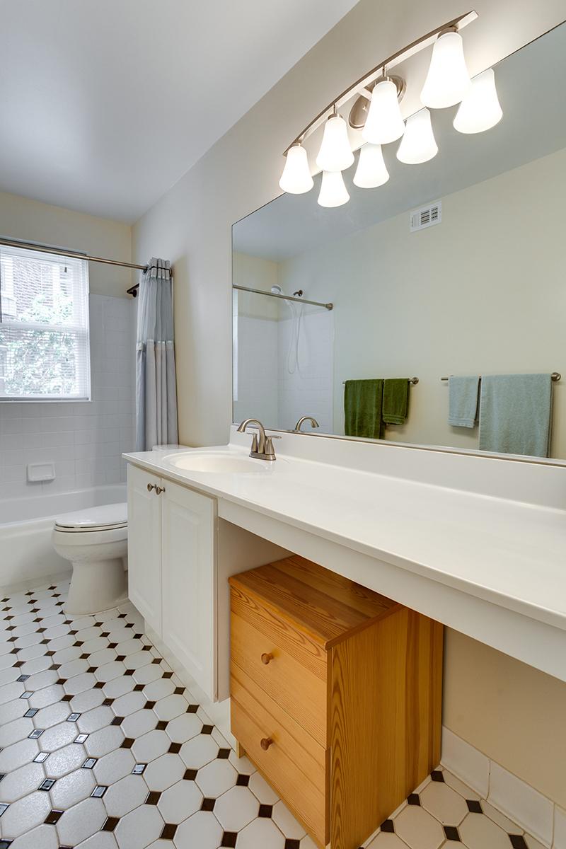 1727 R St NW Unit 504-print-025-20-Bathroom-2800x4200-300dpi.jpg