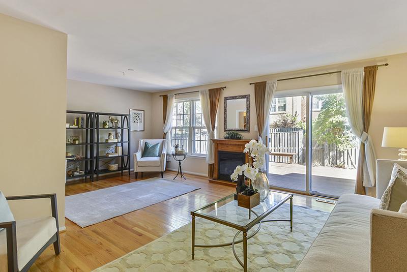 Main Level-Living Room-_DSC1319.jpg