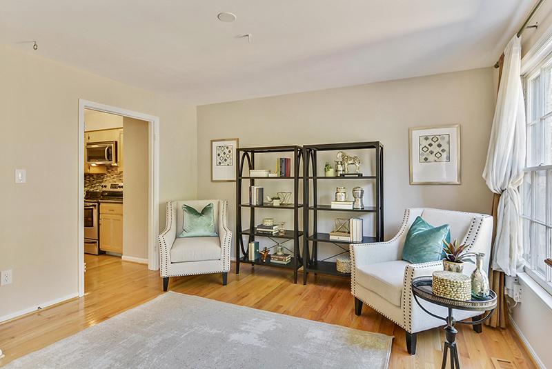Main Level-Living Room-_DSC1418.jpg