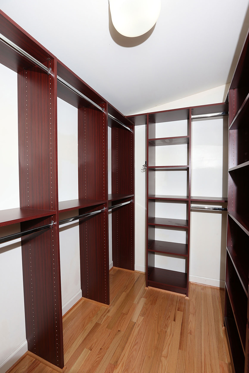 Master Closet 2.jpg