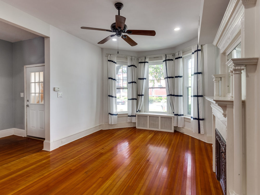 132 Rhode Island Ave NW-MLS_Size-010-20-Living Room-2048x1536-72dpi.jpg