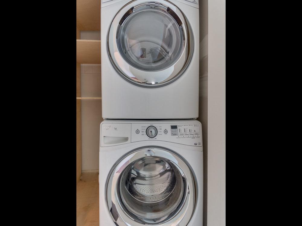 132 Rhode Island Ave NW-MLS_Size-035-10-Laundry-2048x1536-72dpi.jpg