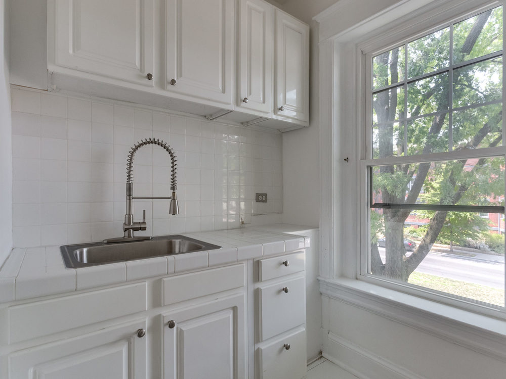 132 Rhode Island Ave NW-MLS_Size-037-51-Kitchen-2048x1536-72dpi.jpg