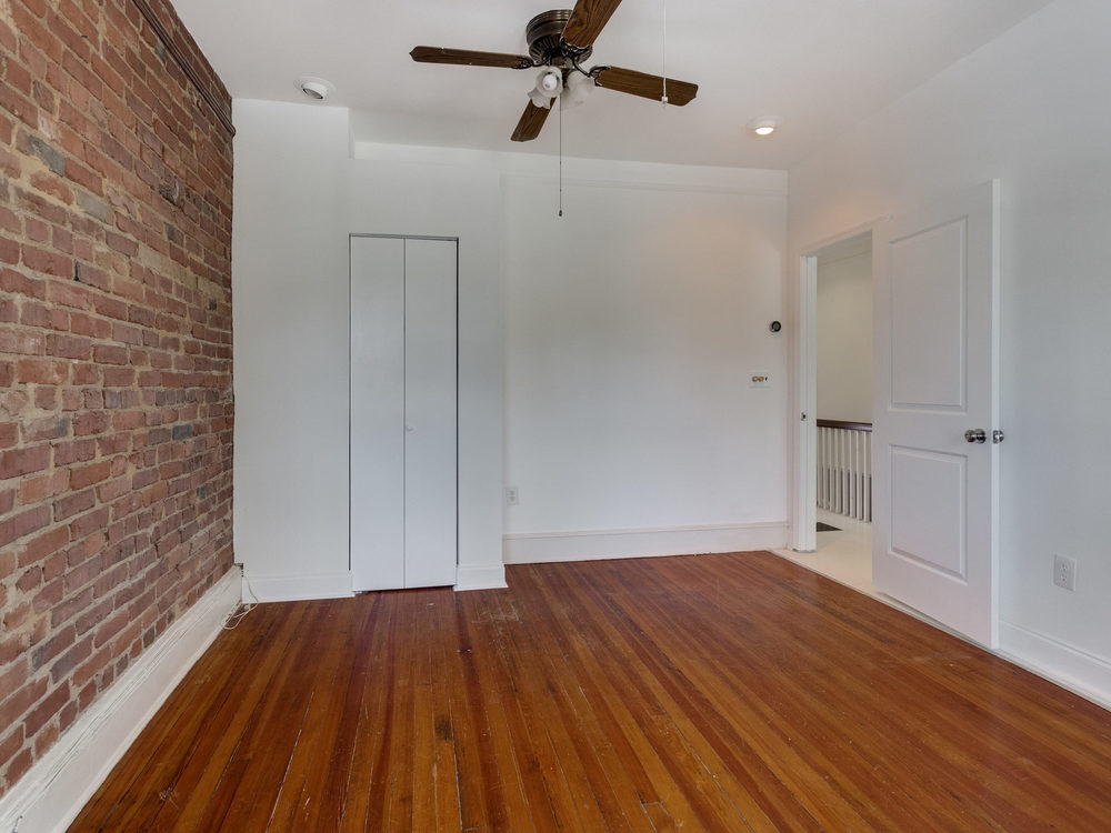 132 Rhode Island Ave NW-MLS_Size-041-40-Bedroom 2-2048x1536-72dpi.jpg