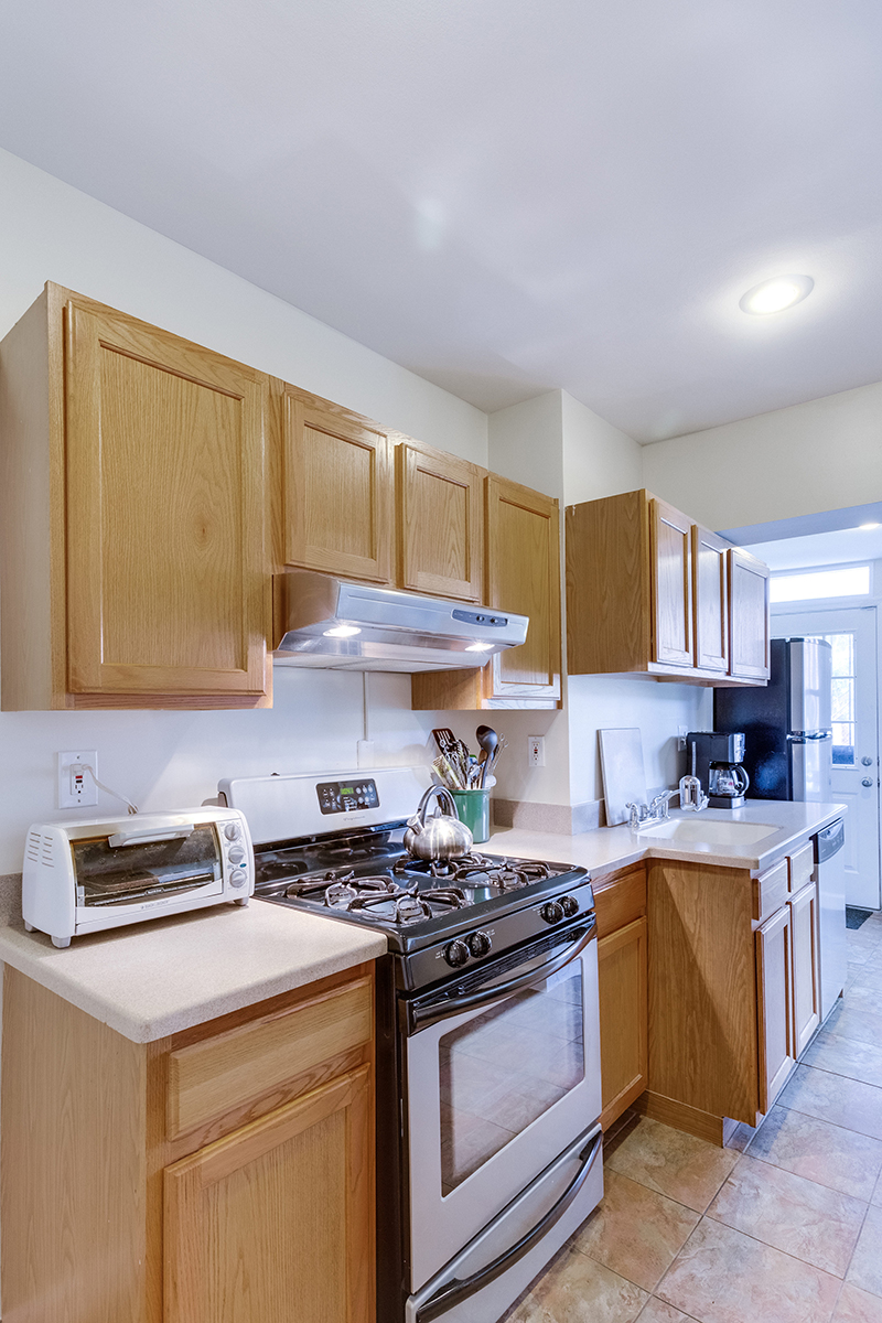 328 Bryant St NE Washington DC-print-015-20-KitchenEating Area-2800x4200-300dpi.jpg