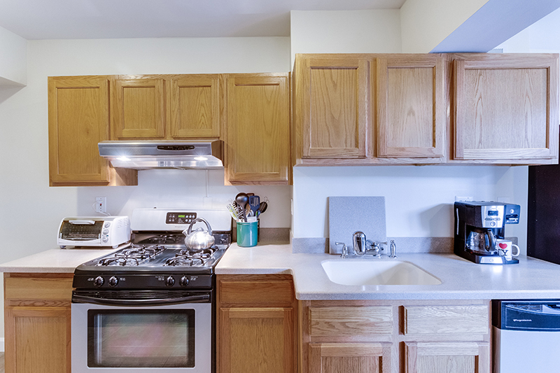 328 Bryant St NE Washington DC-print-014-28-KitchenEating Area-4200x2800-300dpi.jpg