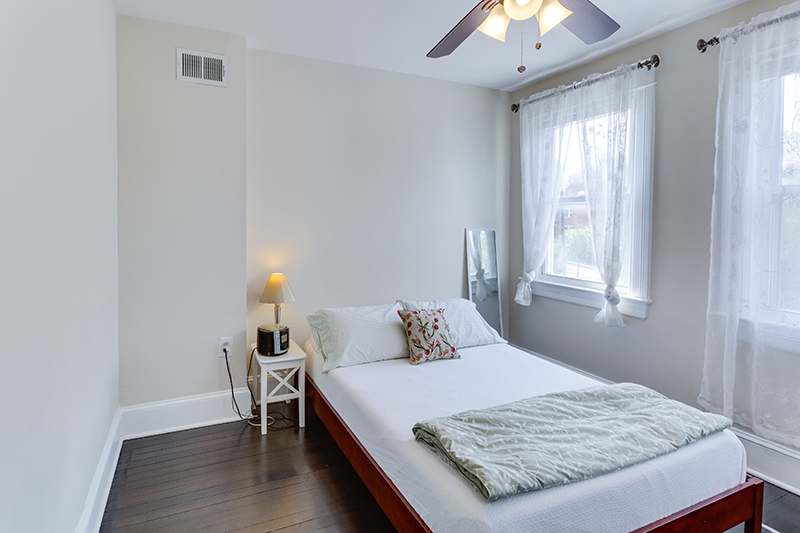 328 Bryant St NE Washington DC-print-028-31-Bedroom-4200x2801-300dpi.jpg