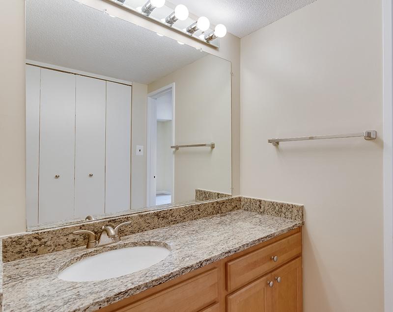 1718 P St NW 509 Washington DC-print-035-27-Bathroom-4200x3341-300dpi.jpg