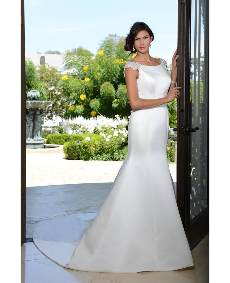 Venus Bridal PA9307 fitted satin front.jpg