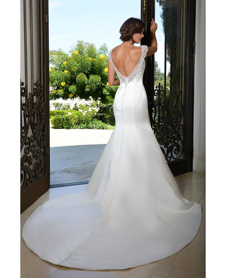 Venus Bridal PA9307 fitted satin back.jpg