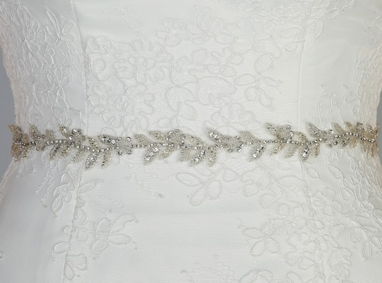 Narrow Silver Beaded BELT 139.jpg