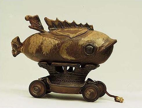 Marvin Bartel fish Tureen.jpg