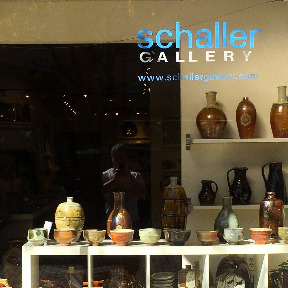 203: Deep dive on selling pots with the Schaller Gallery. Special guest Sunshine Cobb on her new book Mastering Hand Building.