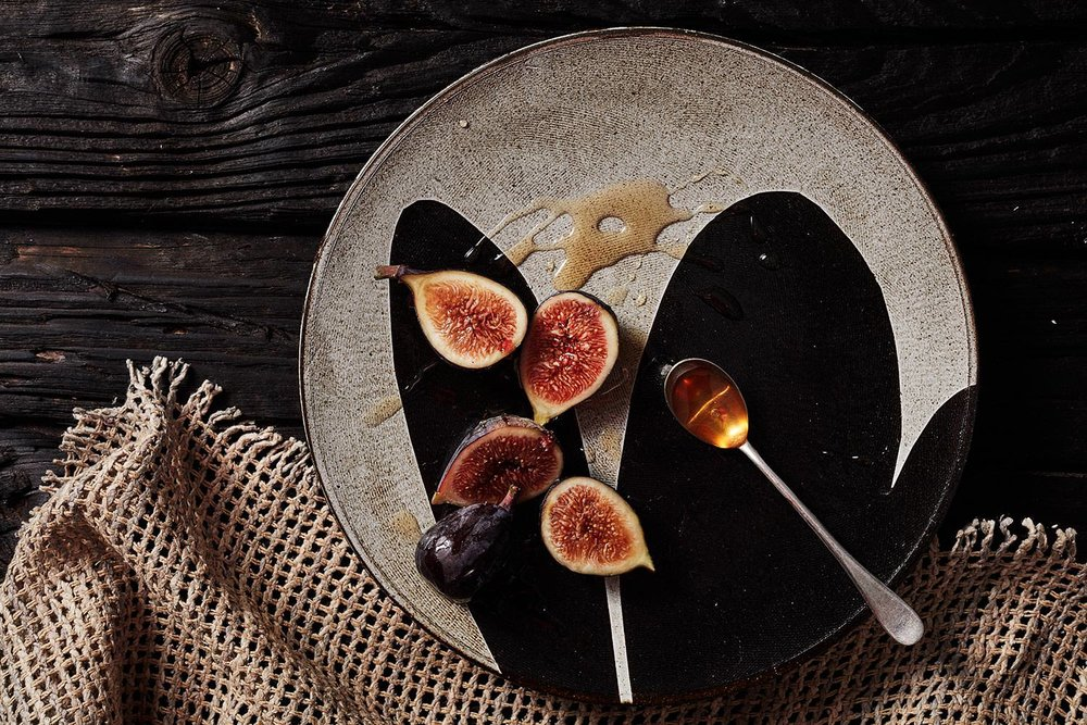 lindsay-rogers-ceramics-figs-honey.jpg