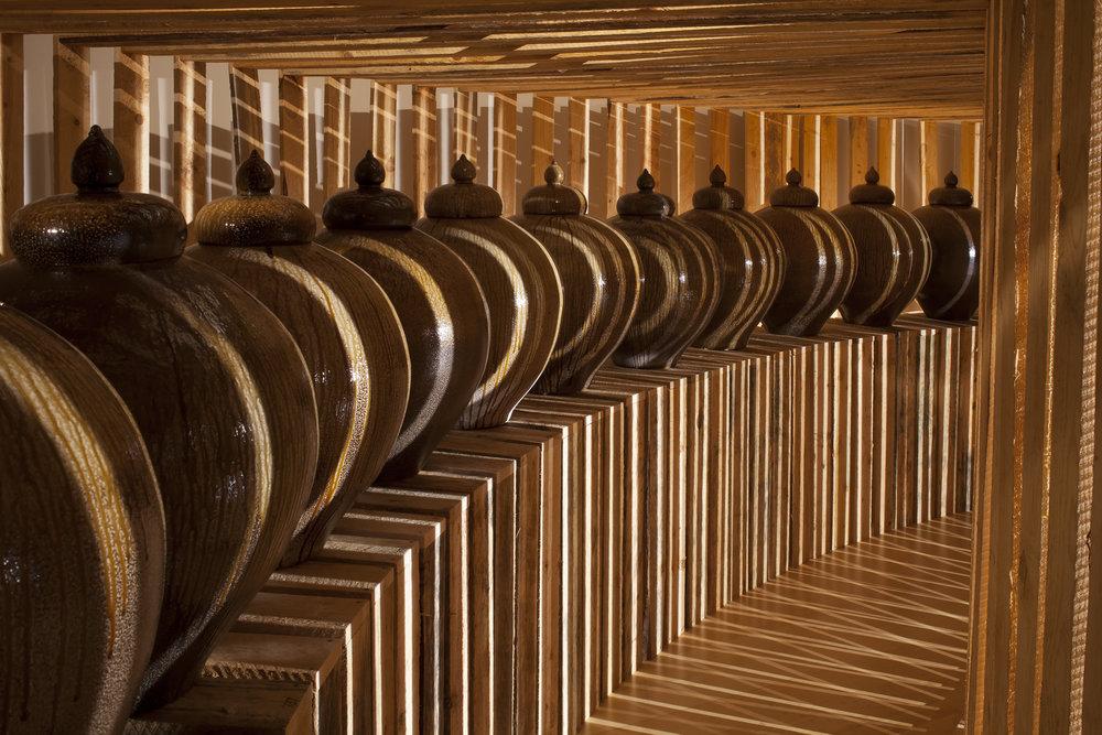 3-click-daniel-johnston-jars-exhibition-contemporary-ceramic-art-cfile.jpg
