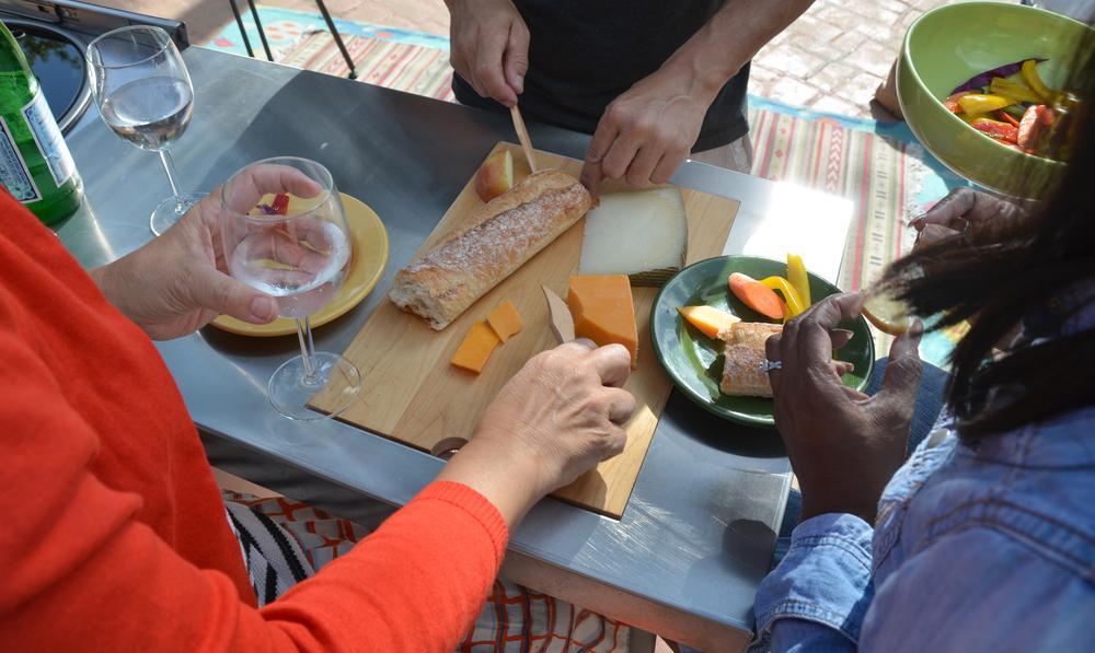 Pop-Kitchen-Three-People-Eating.jpg