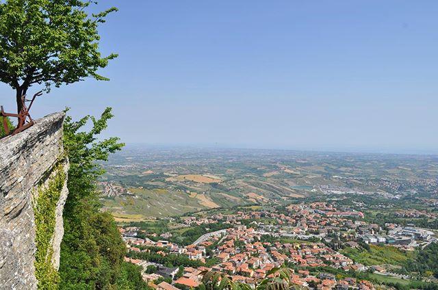 San Marino views 🕵🏽♀️🕵🏽