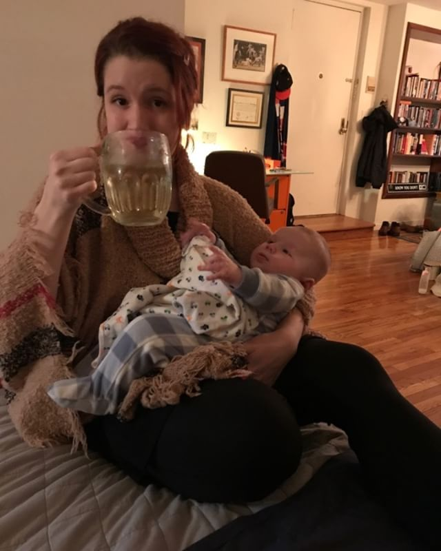 thanks @julesjade for sending me this peak motherhood photo #beer #newyorkcity