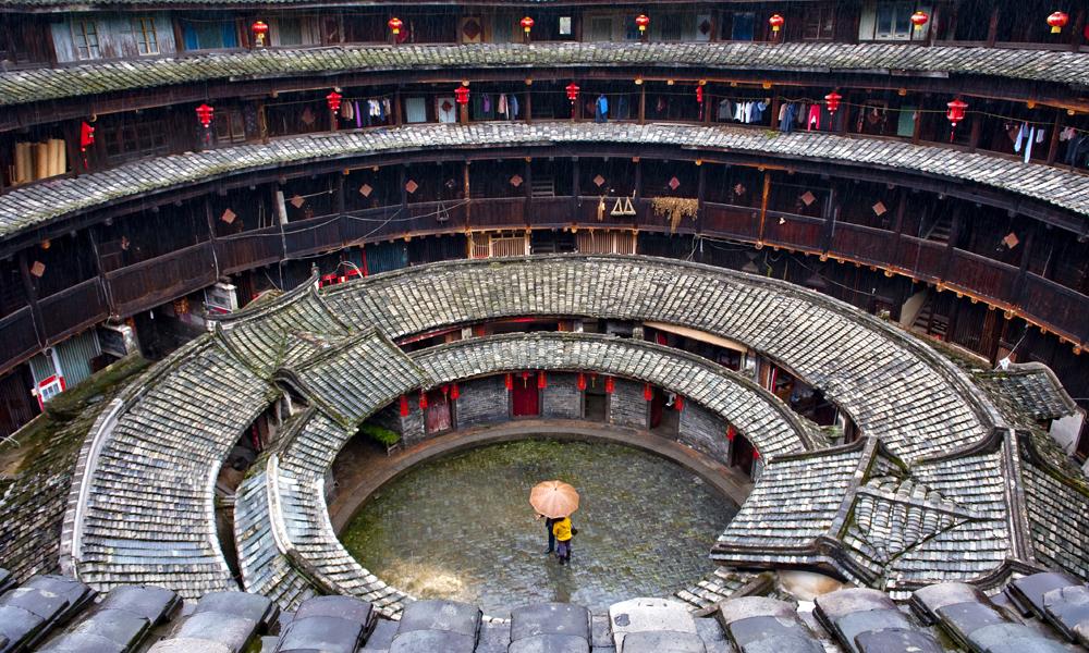 Inside_Hakka_Housing_Xiamen_China1000x600.jpg
